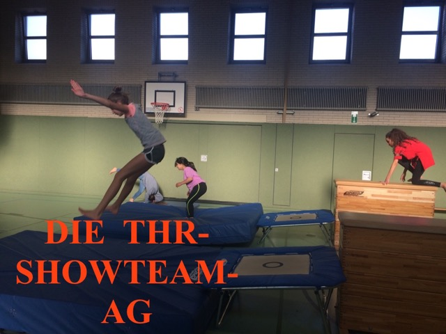 AG Titel Showteam